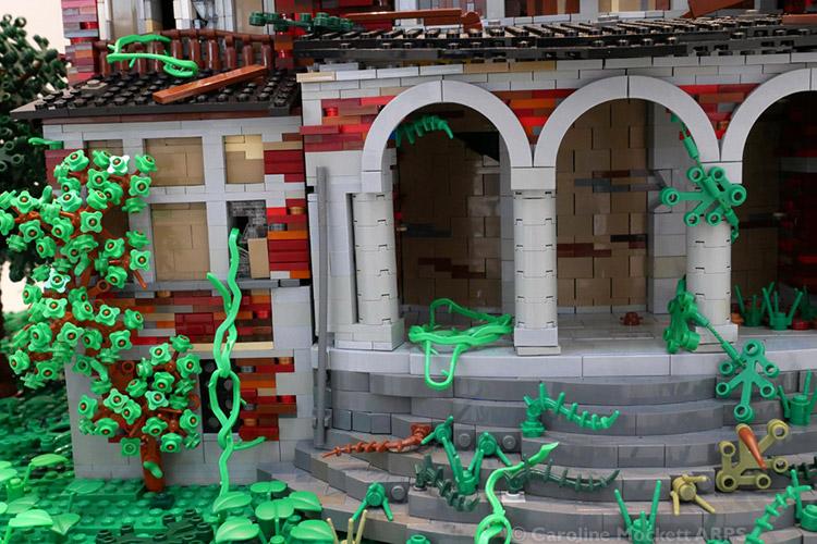 Delapidated Mansion by Marion Weintraut
