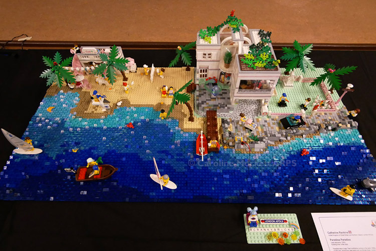 Crankybricks' Paradisa Beach